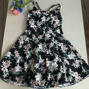 royal creations Dresses - Royal Creations M Hawaiian Dress MuMu Luau Orchid